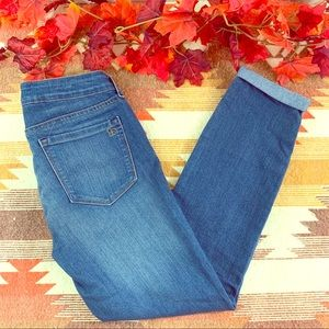 Jessica Simpson rolled crop skinny jeans size 6!